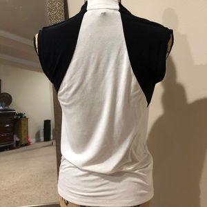 BCBGMaxazria cute blouse.....